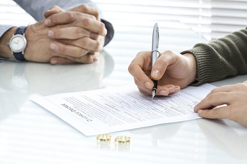 signing divorce decree